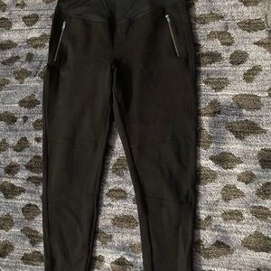 Gap moto maternity leggings size medium ponte